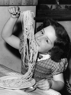 esq-spaghetti-food-010413-t2EpKr-xlg