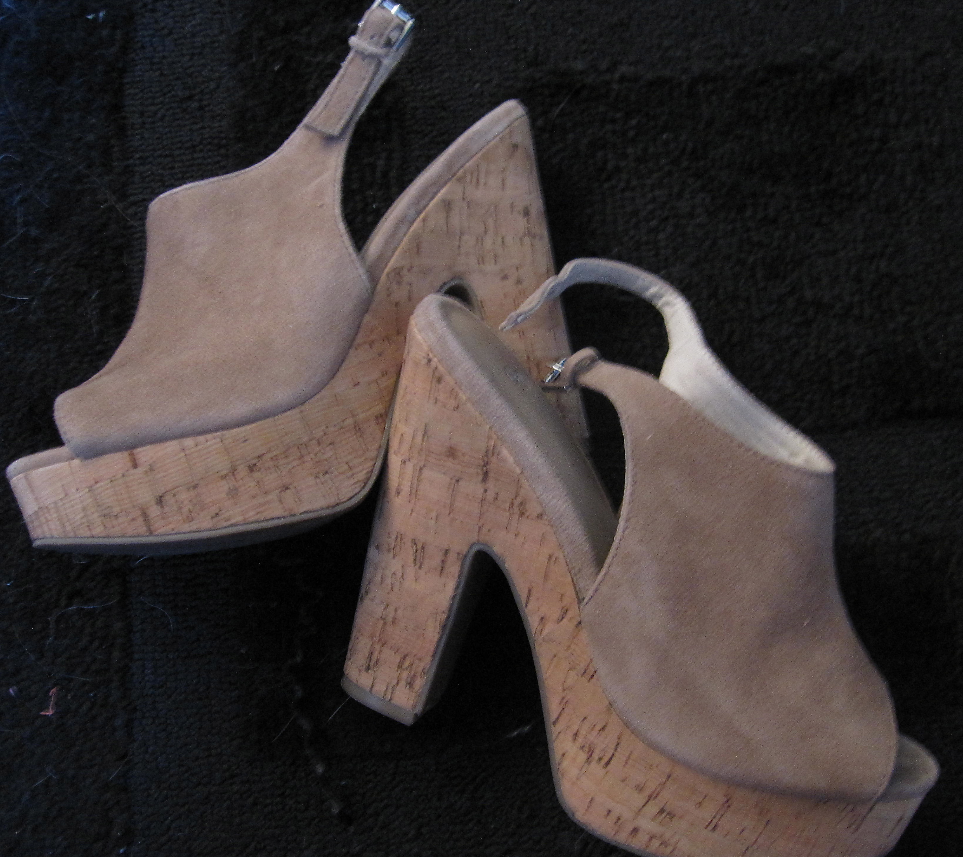b0cb564ad5 Trend Report Fall 2012  Too Close for Comfort~ Finding the White Whale~ A  fashionable   comfortable Shoe