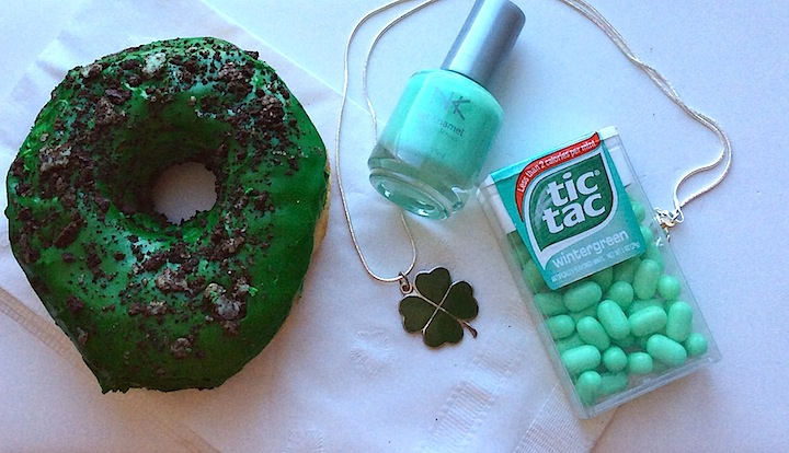 #st patricks day #dunkin doughnuts #green bagels #pendant #necklaces #4leafcloverpendant