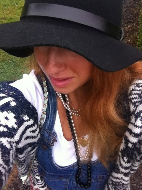 overalls, indian summer, cape breton, labor day, vintage levis, ebay, chunky cardigan, fall fashion, style, fblogger, panama hat, pearls, fashion