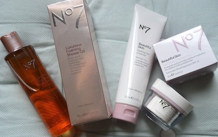 new year new you, new years series, boots no 7, boots beauty, skincare, skin routines, skincare products, face wash, moisturizers, cleansers, best beauty products, beauty bloggers