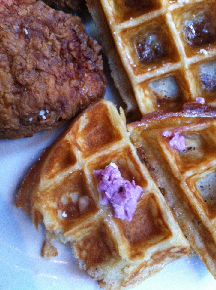 sweet chick, sweet chick nyc, sweet chick life, chicken and waffles, best chicken and waffles nyc, les, nyc, best nyc food, nyc restaurants, restaurant review