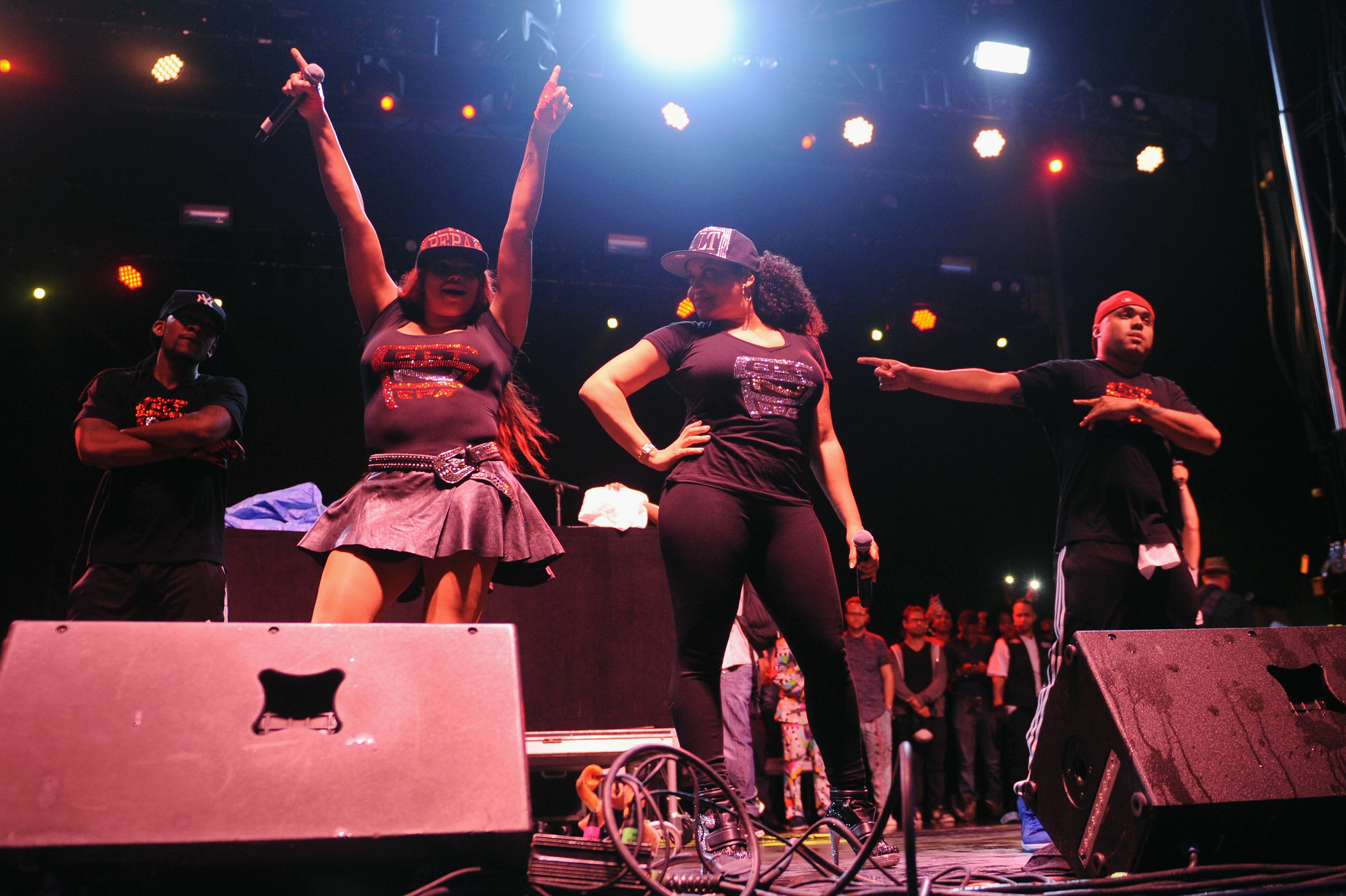 90s fest, 90s decade, 90s music, 90s style, 90s fest moments, best of 90s fest, brooklyn, nyc events, 90s fest, 90s music, 90s movies, best of the 90's, coolio, salt n pepa,
