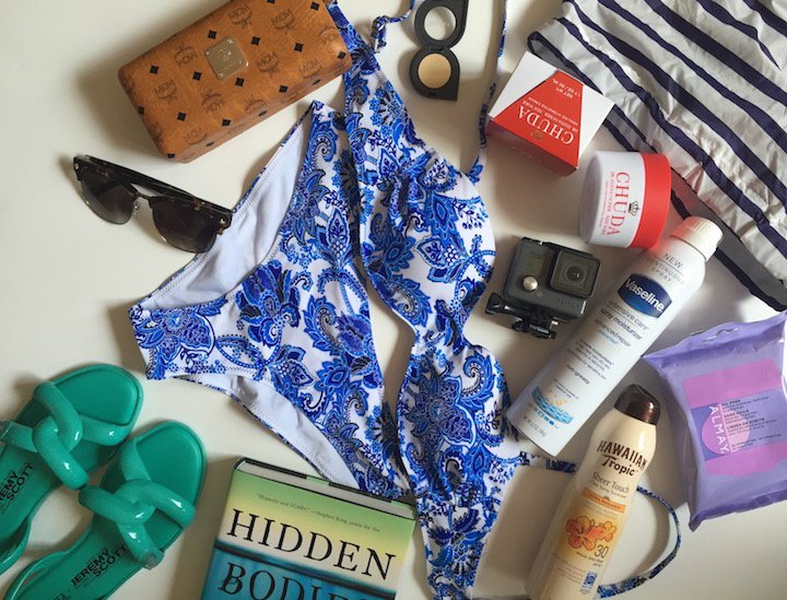 beach essentials, summer vacation, beach vacation, vacation checklist