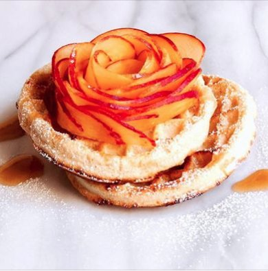 macarose, amorino, roses, roses trend, avocado roses, rose gold, roses, peach roses on waffles