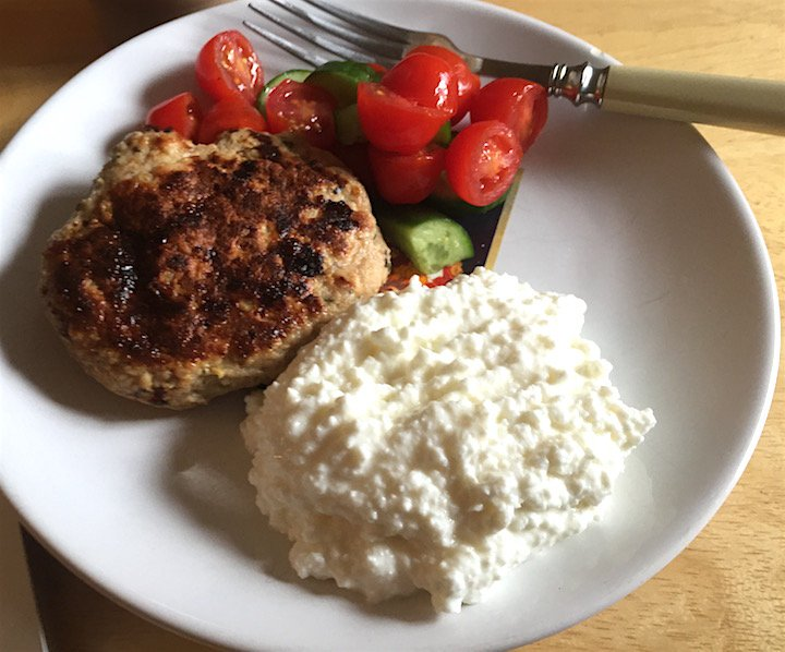 bbq-chicken-burger-slim-line-plate