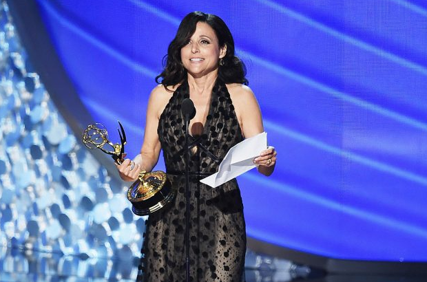 68th emmy awards, emmys 2016, emmy awards, emmy awards best moments, leslie jones, jimmy kimmel host, sarah paulson, julia louis dreyfus speech