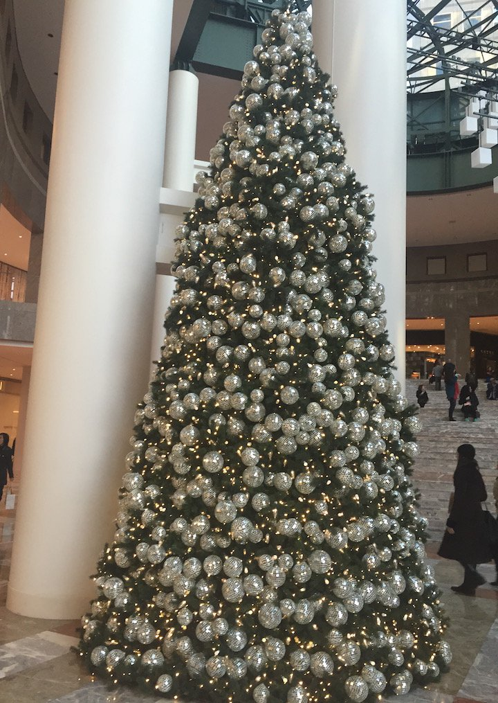 Brookfield-place-holiday-local-spots