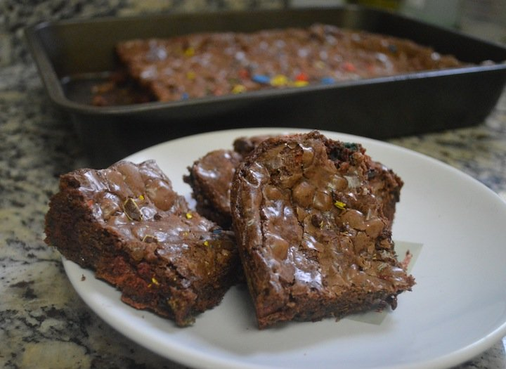m&m brownies, m&m recipes, chocolate recipes, brownie recipes, easy dessert ideas