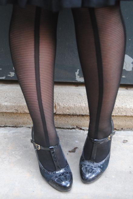 lbd ideas, little black dresses, patterned tights, DR legwear,