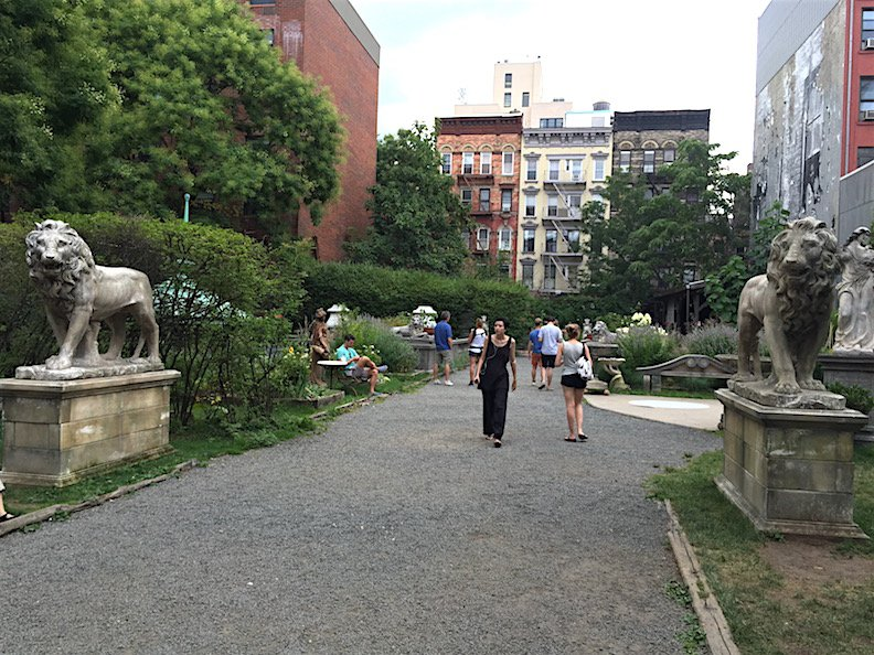free-things-to-do-nyc-elizabeth-st-garden